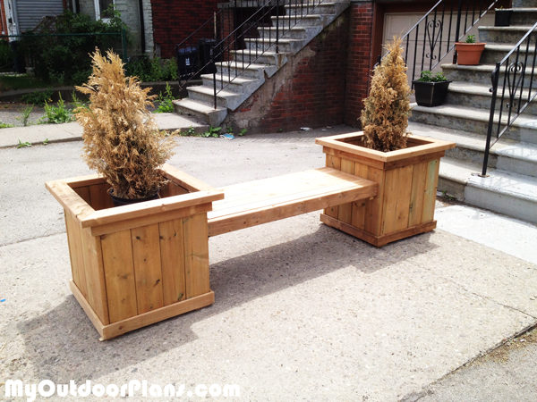 Outdoor Planter Bench | MyOutdoorPlans | Free Woodworking ...
