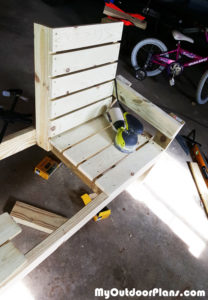 Sanding-the-double-chair-bench