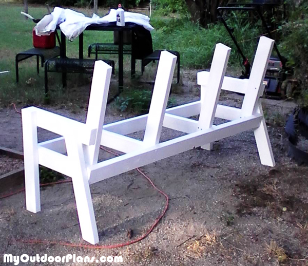 Assembling-the-frame-of-the-bench