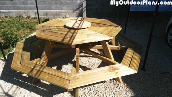 Building-an-octagonal-table