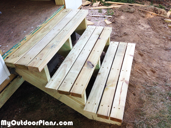 DIY Backyard Storage Shed with Ramp and Steps | MyOutdoorPlans | Free Woodworking Plans and ...