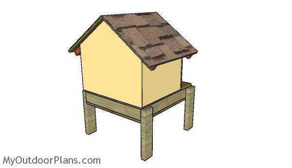 Build an insulated dog house
