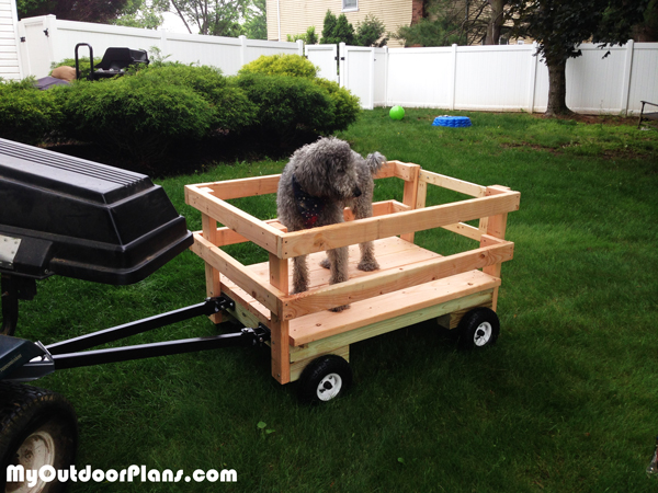 DIY-Wagon-for-the-Riding-Mower