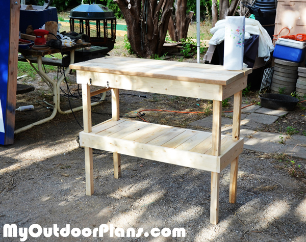 DIY-Wood-BBQ-Table