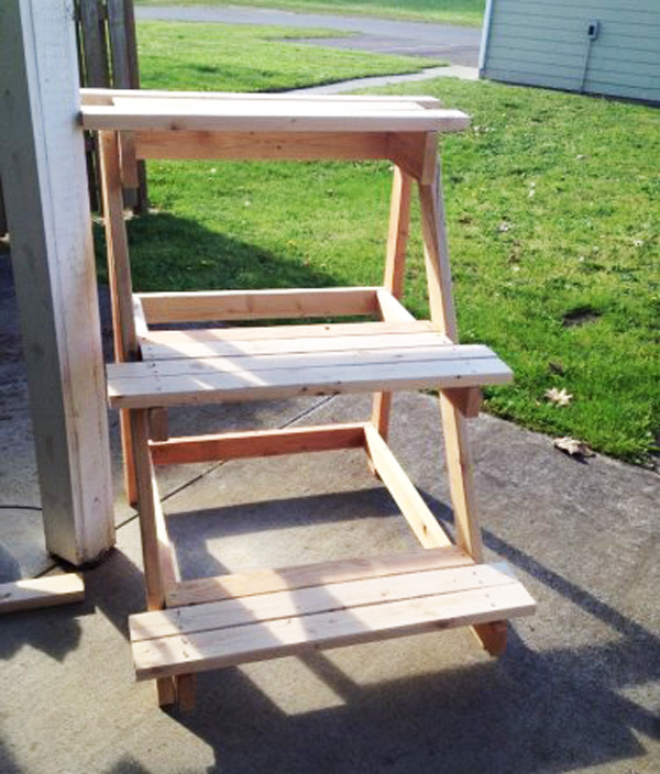 3 tier plant stand myoutdoorplans free woodworking How to build a tiered plant stand