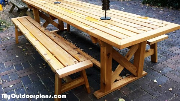 DIY Outdoor Trestle Table