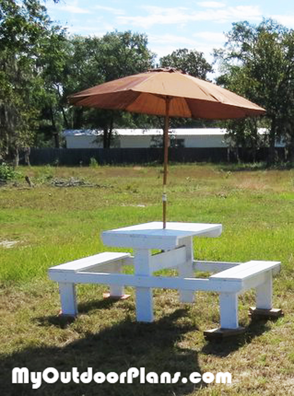 DIY Small Picnic Table Plans