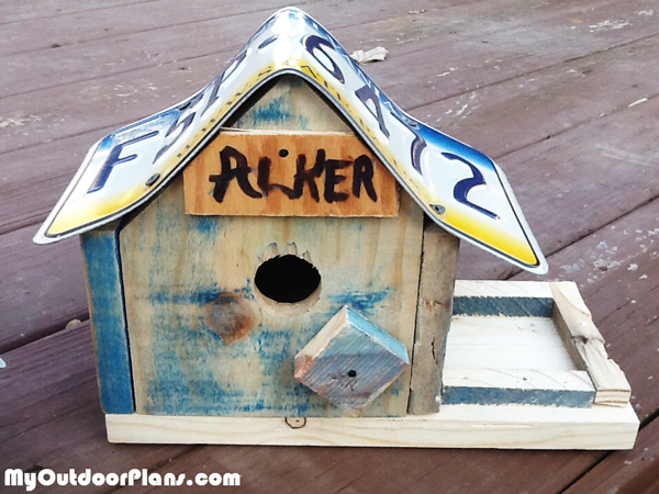 diy-birdhouse-with-feeder