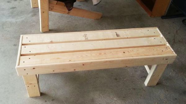 DIY Easy to Build Bench