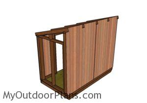 fitting-the-siding-to-the-side-walls