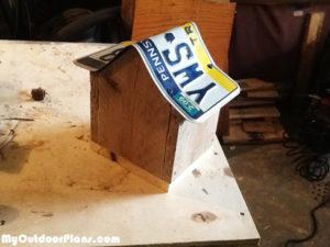 rustic-birdhouse