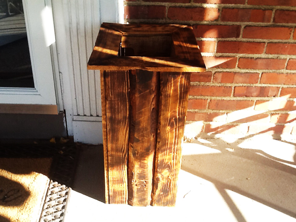 wood-planter-box-from-pallets