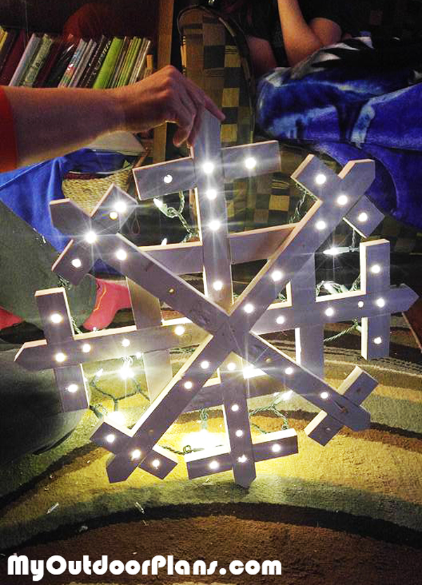 DIY Wood Snowflake