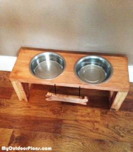 Building-a-dog-feeding-station