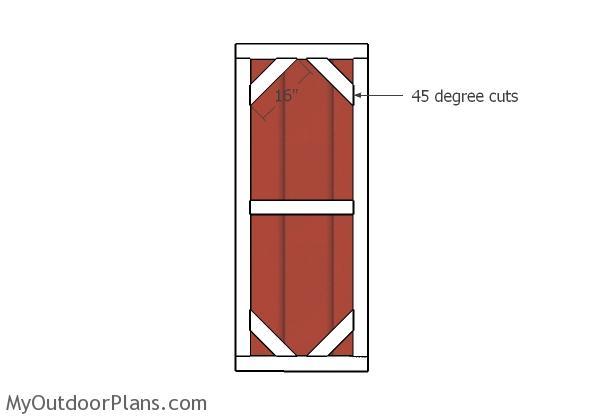 Door diagonal trims