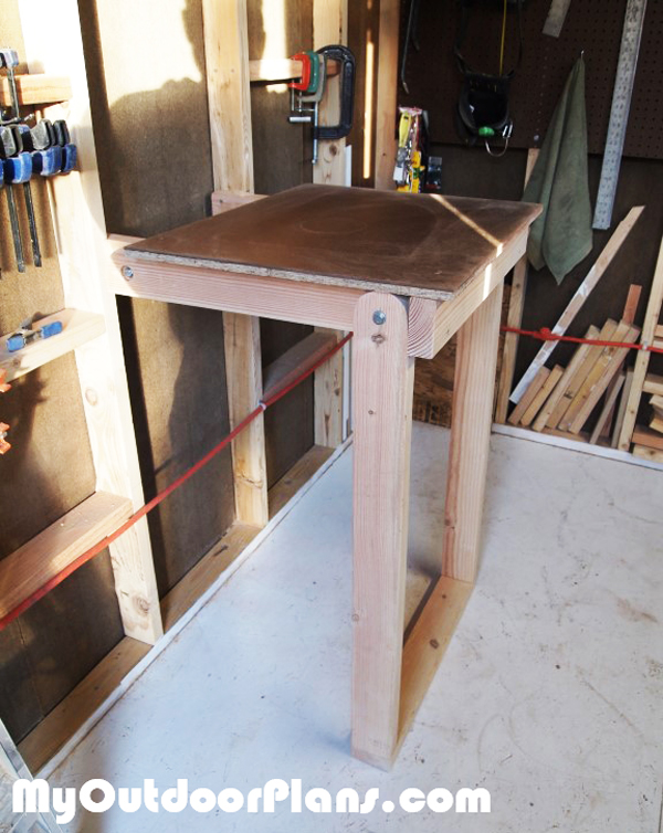 DIY-Folding-Workbench