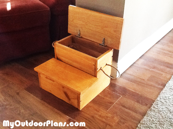 Diy Storage Step Stool Myoutdoorplans Free Woodworking