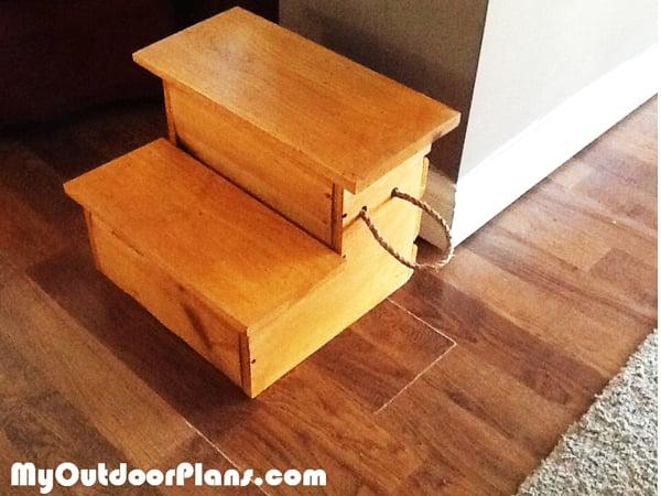 DIY Storage Step Stool | MyOutdoorPlans | Free Woodworking ...