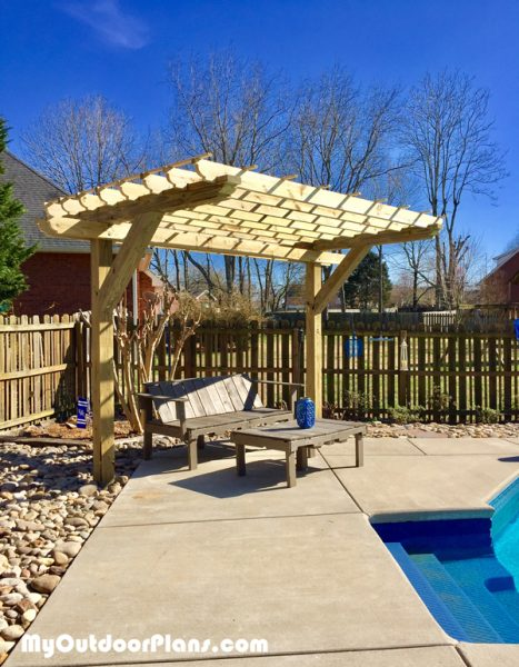 Diy 2 Post Pergola Myoutdoorplans Free Woodworking