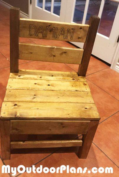 Diy Simple Kids Chair Myoutdoorplans Free Woodworking