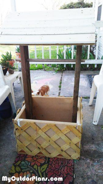 DIY Wood Wishing Well Planter | MyOutdoorPlans | Free ...