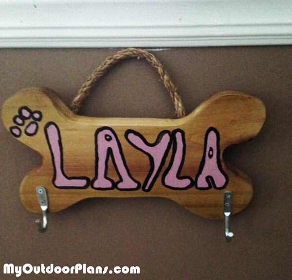 How-to-build-a-dog-leash-holder