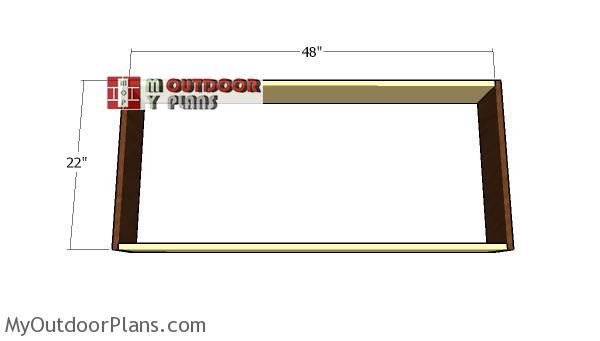 Assembling-the-frame-for-the-planter