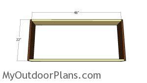 Assembling the frame of the planter