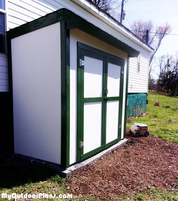 Building-a-lean-to-storage-shed