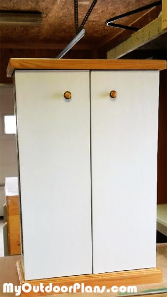 DIY Kitchen Pantry | MyOutdoorPlans | Free Woodworking Plans and Projects, DIY Shed, Wooden ...