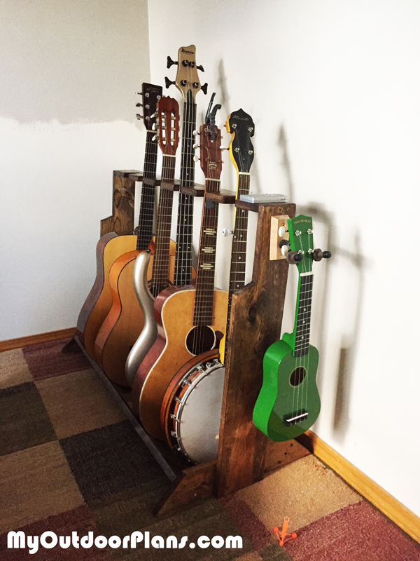 DIY-Multi-Guitar-Wood-Stand