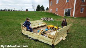 DIY-Wooden-Sandbox