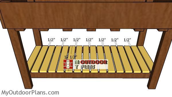 Fitting-the-shelf-slats