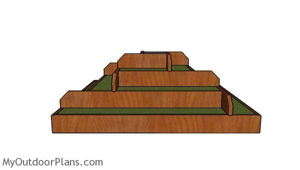 Strawberry tiered planter plans - Side view