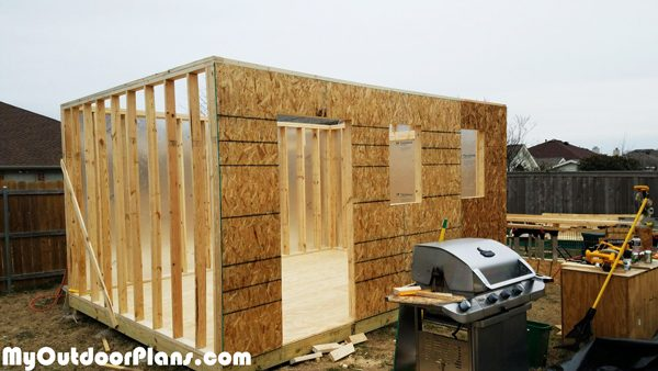 Fitting-the-exterior-walls