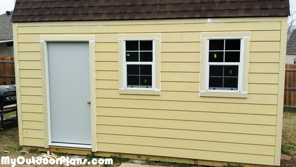Side-windows-and-trims