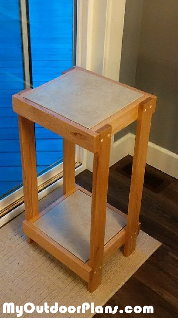 DIY-Plant-Stand-with-Tile-Inlay