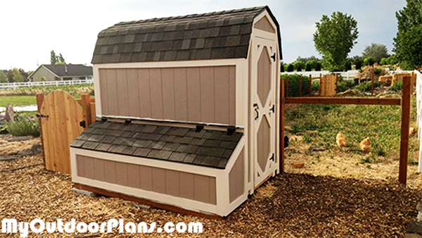 DIY-4x8-Barn-Chicken-Coop