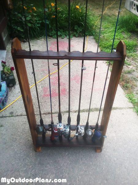 Diy fishing rod rack myoutdoorplans free woodworking for Homemade fishing pole holder