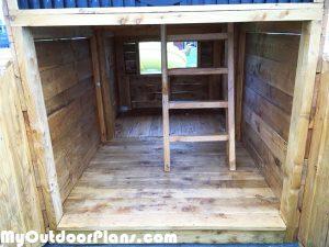 Interior-of-the-cabin