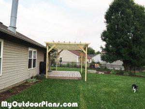 Wooden-Backyard-Pergola-Plans