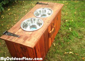 Building-a-rustic-dog-feeding-station