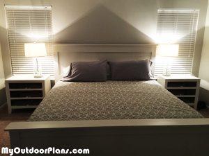 DIY-King-Size-Farmhouse-Bed