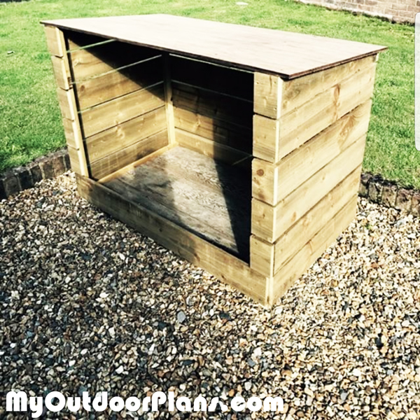 DIY-Log-Shed