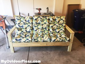 DIY-Outdoor-Couch