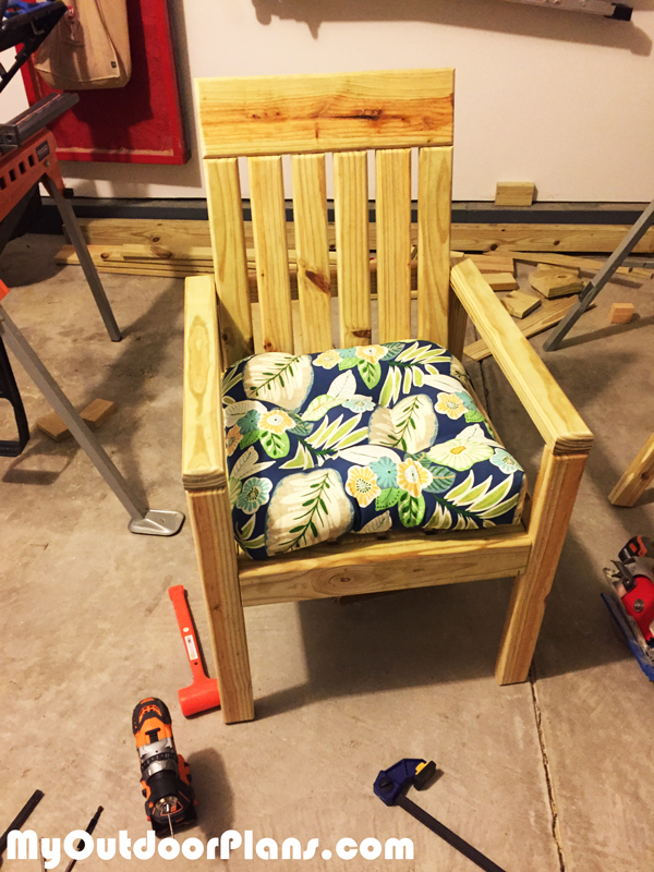 DIY-Outdoor-Wooden-Chair