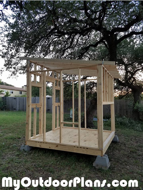 Frame-of-the-chicken-coop