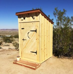 DIY-Beautiful-Outhouse