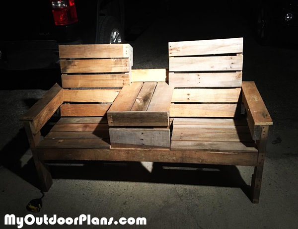 DIY-Pallet-Double-Chair-Bench