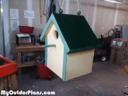 DIY Wood Birdhouse